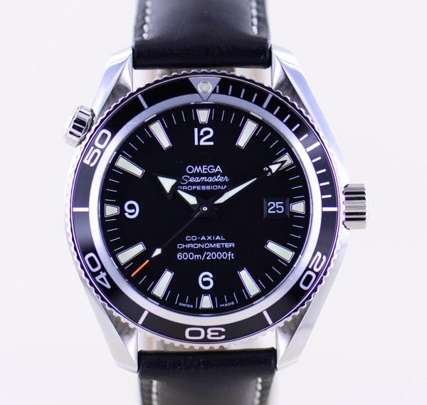 Seamaster Planet Ocean Co-Axial black 42mm 600M Diver Lederband