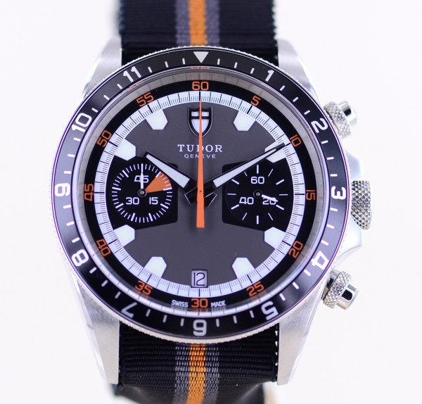 Heritage Chronograph Natoband 70330N sportlich grey Dial Automatic B+P