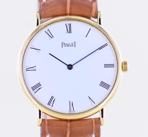 Piaget 18K Gold Hand Wind Calibre 9P2 white roman dial Dresswatch flat Unisex
