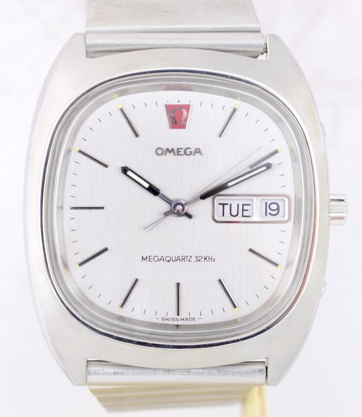 Omega Megaquartz Day-Date 1974 Vintage rar top Conditions 32KHz Stahlband