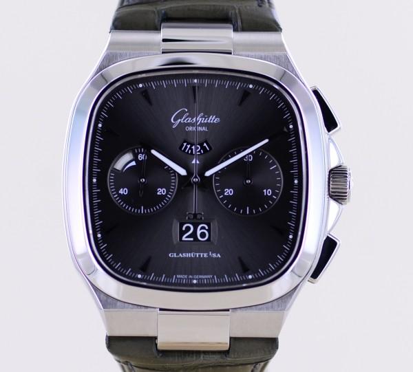 Senator Seventies Chronograph 40mm Kaliber 37-02 Panoramadatum Gangreserve 2020