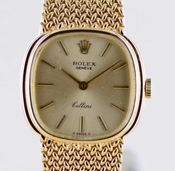Cellini 18K 750 gold Hand Wind golden Dial Milanaise Ref 4073 Ca. 1600