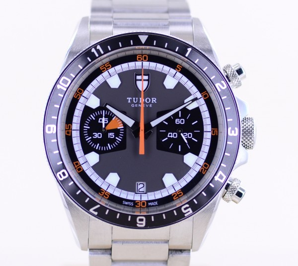 Heritage Chronograph Stahlband 70330N sportlich grey Dial Automatic B+P